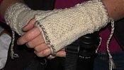 Fingerless gloves -- twined knitting